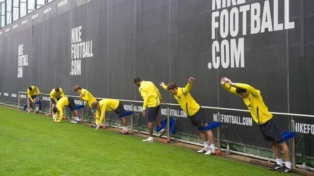 Entrenamiento preofesional fc barcelona tirante musculador RF Barcelona